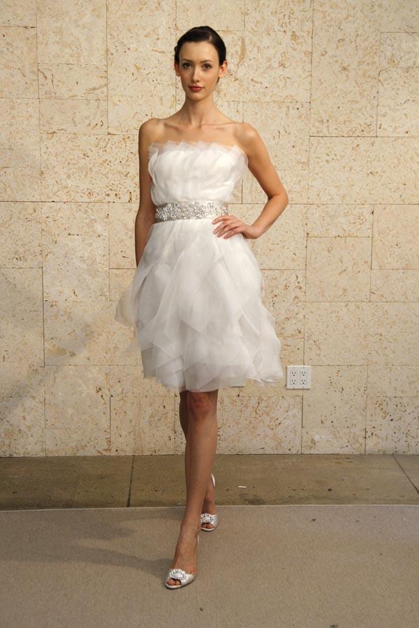Вечернее платье ——
