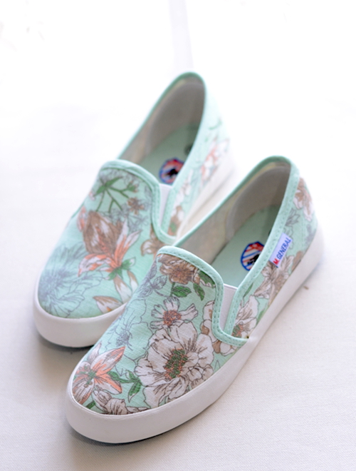Korean version of the spring tide cream color a pedal lazy student flat shoes to help low canvas shoes, casual shoes