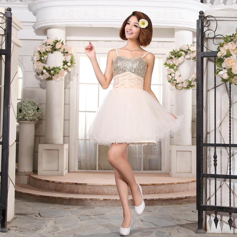 新娘结婚礼服新款最美新娘婚纱礼服裙 新娘伴娘小礼服 短礼服绑带