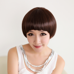 Qi Liuhai comb short hair wig mushroom head  girl BOBO short straight hair fluffy new