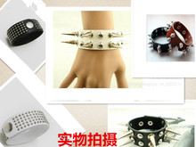 selling Men's fashion hand appliance with ring Personality, fashion accessories Hip-hop rivet punk wide leather bracelet