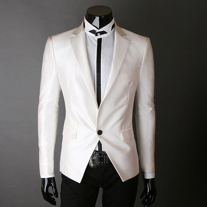 T1gemYXh0lXXbtuWA3 045759 The grooms white suit ... Elegance and bolder