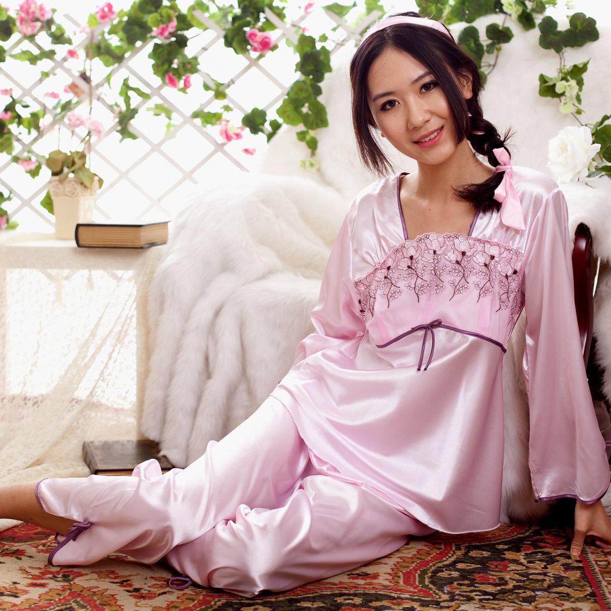 2012春夏季新款蕾丝公主长袖刺绣真丝睡衣两件套装女款丝绸家居服