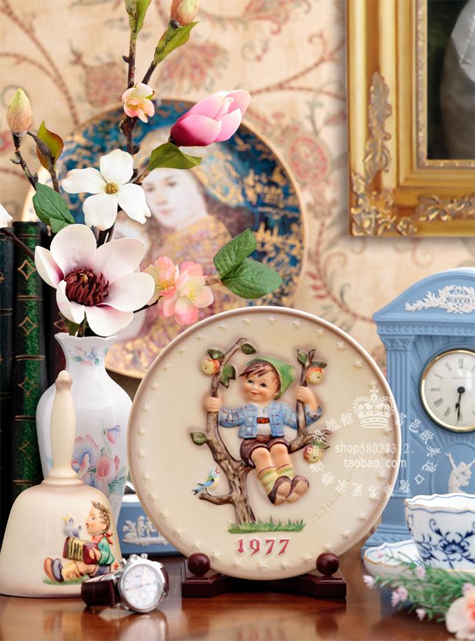 Декоративная тарелка Немецкий m.i.Hummel Сэм кукла мальчик на ежегодной пинг 1977 из ручная роспись фруктовых деревьев