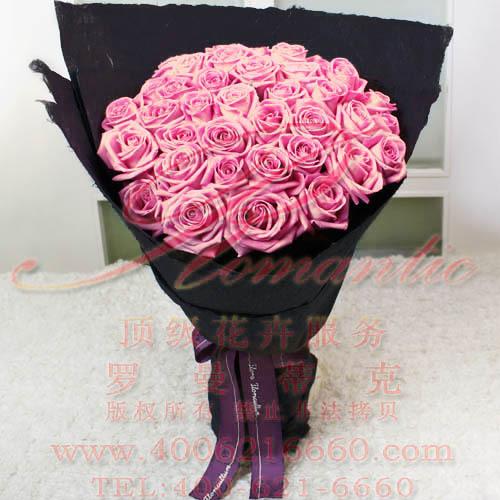 魅惑玫瑰图片_48胭脂粉玫瑰黑色魅惑包装|hk143血腥玛丽|港式现代花束代表