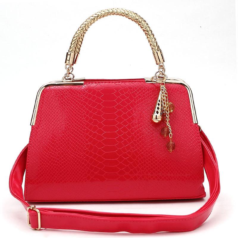新款小型韩版手提包鳄鱼纹压花女式包粉红色新娘结婚包包送挂饰