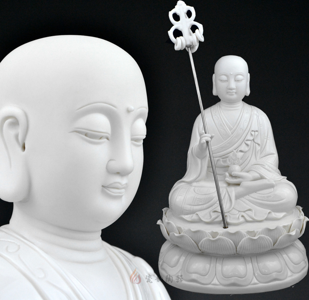 Изображения Будды, Статуи божества Dehua suo Po три, Кшитигарбхи бодхисаттвы Будды Будды Амитабхи керамических украшений оптом