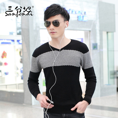 Third of men's sweater men sweater coat Slim Korean version of the first wave of thin sweater v-neck sweater stitching