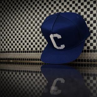 "CASTERWEAR ""The Great C snapback""C字经典款搭扣棒球帽平檐帽"