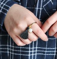 韩国代购设计师款 高保色合金材质珍珠流苏镀金戒指