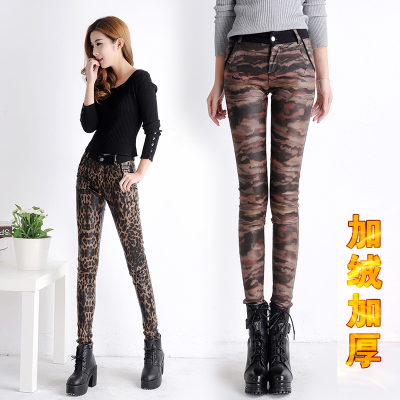Winter han edition leopard plus PU leather pencil pants velvet bound feet and velvet upset the new show thin elastic leisure female trousers