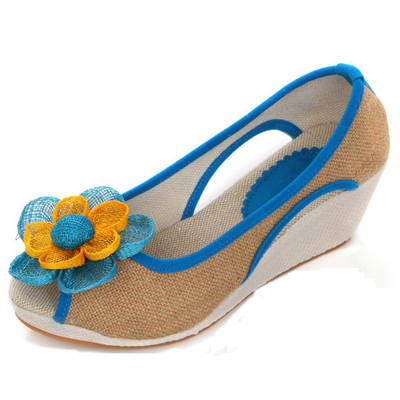 Gong Fei Lai show new and old Beijing shoes fashion shoes, flowers, fish head high heels wedge sandals shoes casual shoes