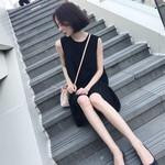 韩版2017新款无袖背心连衣裙女夏宽松显瘦a字赫本小黑裙气质中裙