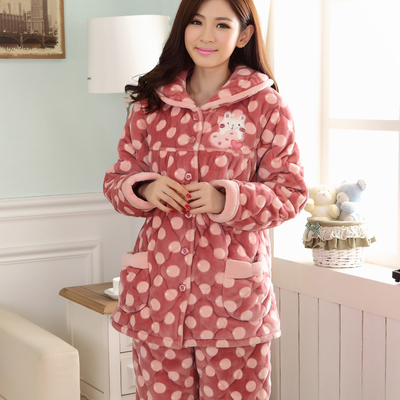 Three winter thick coral velvet quilted flannel pajamas lady winter jacket tracksuit suit large yards