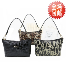 LALPINA Italy delle the kangaroo leather fashion portable oblique cross parcel leopard female bag