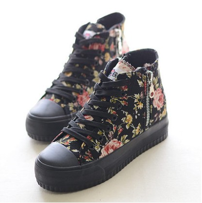 2014 new fall floral heavy-bottomed platform shoes high-top canvas shoes women within the higher fashion shoes Korean Institute