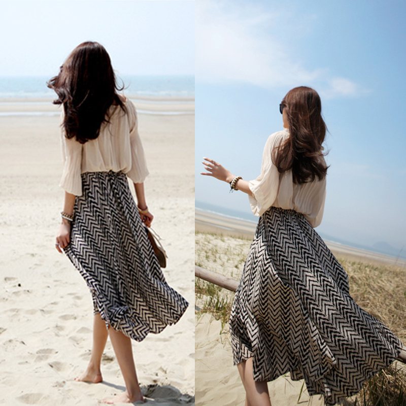 Geometric stripe chiffon skirts long skirt Irregular beach dress female Taobao Agent