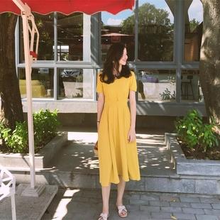 黄色雪纺连衣裙女夏2018小清新冷淡风V领收腰显瘦中长款裙子