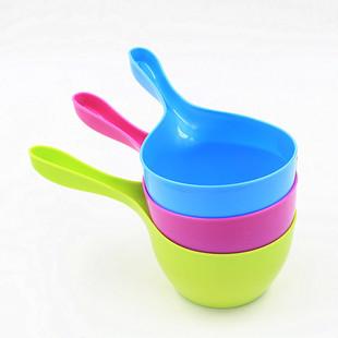 优质炫彩水勺 家居厨房必备水勺 塑料水瓢 无异味洗发杯