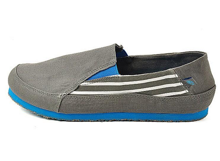 Мокасины, прогулочная обувь Crocs om404 OM Crocs / Carlo Chi