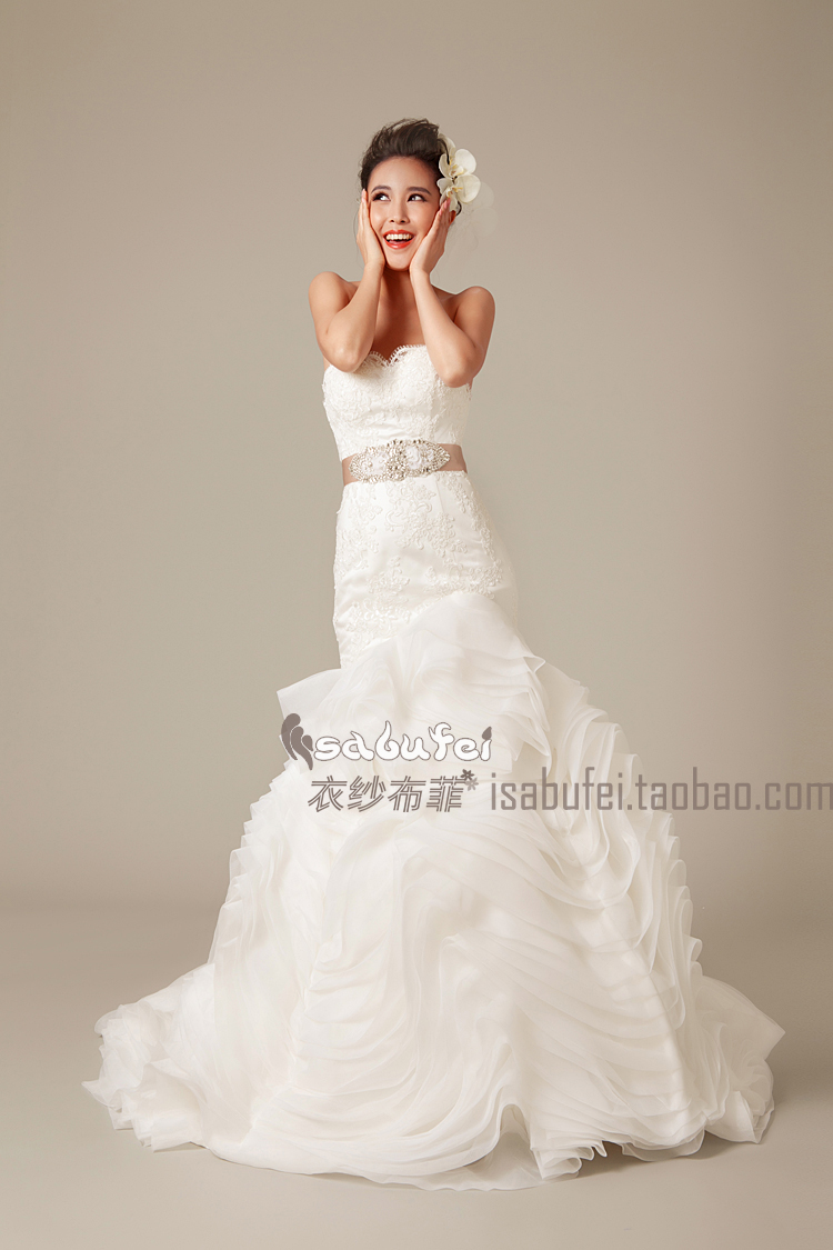 Свадебное платье 【婚纱出租】【衣纱布菲】蝶韵。新款vera wang梦幻蕾丝鱼尾婚纱