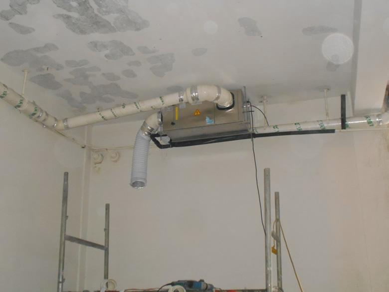 吊装式中央管道除湿机安装完工图