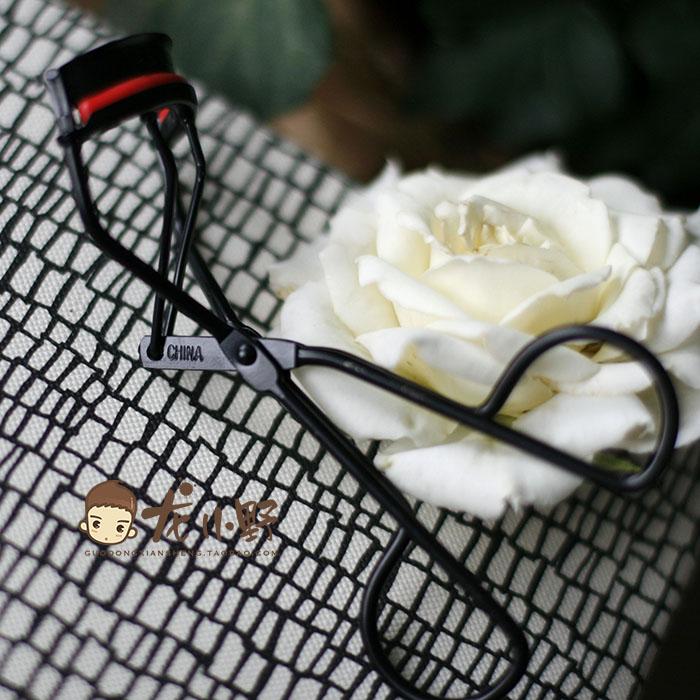 Косметические инструменты Of Revlon