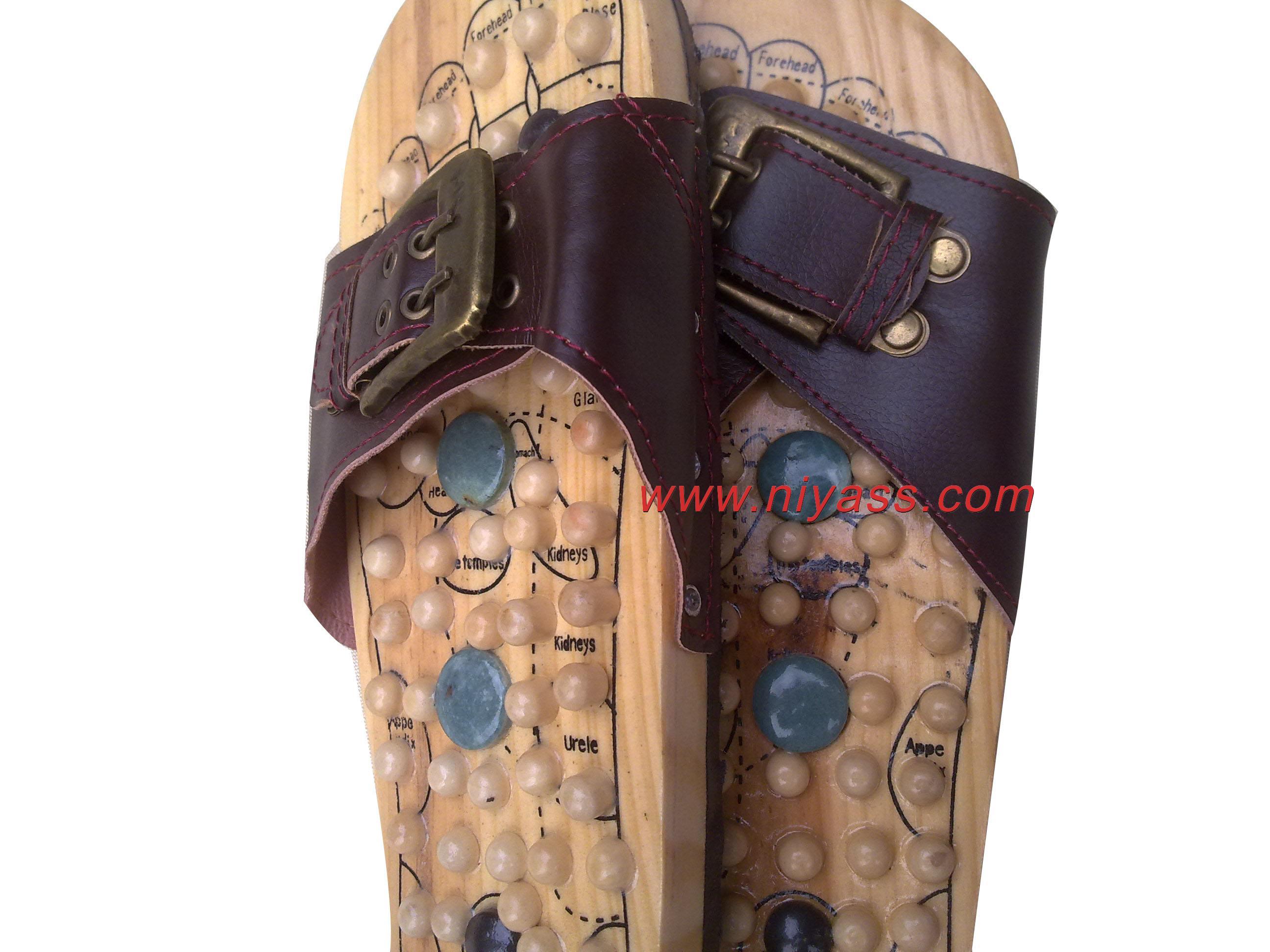 Рефлекторный массажный коврик для ног Рефлексология поощрения подлинного счетчики указывают здоровья природных галечных педикюр Тапочки другие бренды обувь Массаж