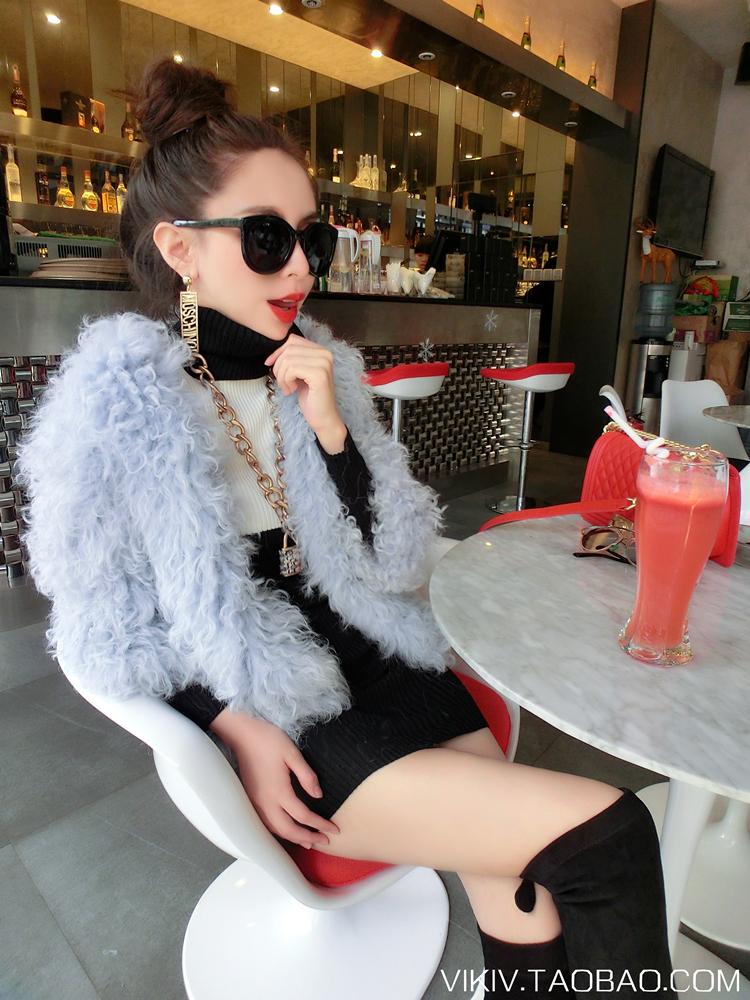 Đầm thời trang trắng đen