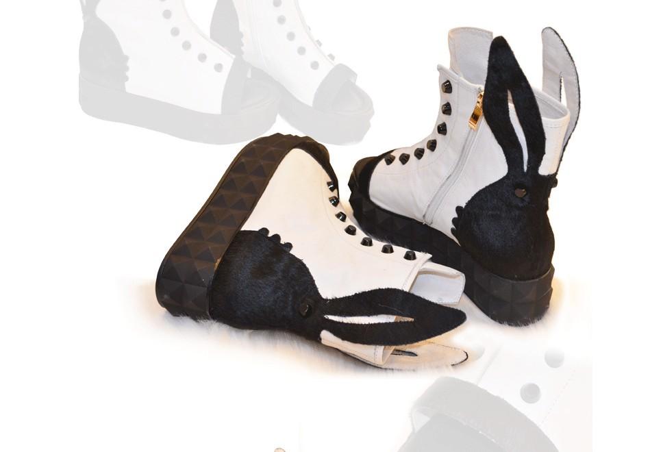 Босоножки 2013 весна Кожаные Роман и холодной рыбы рот лошади волос кролика сандалии платформы ботинки заклепки толстая кожа Женская обувь