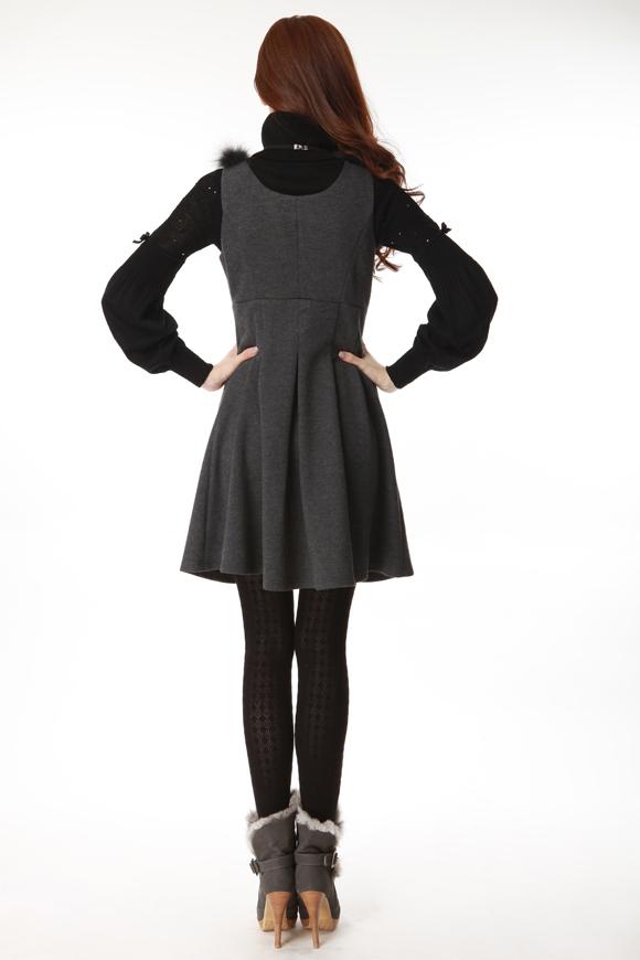 欧莎连衣裙:韩版狐狸毛、2011年秋冬新款